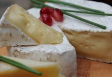 fromage sur une table