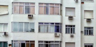 Des logements à Copacabana au Brésil