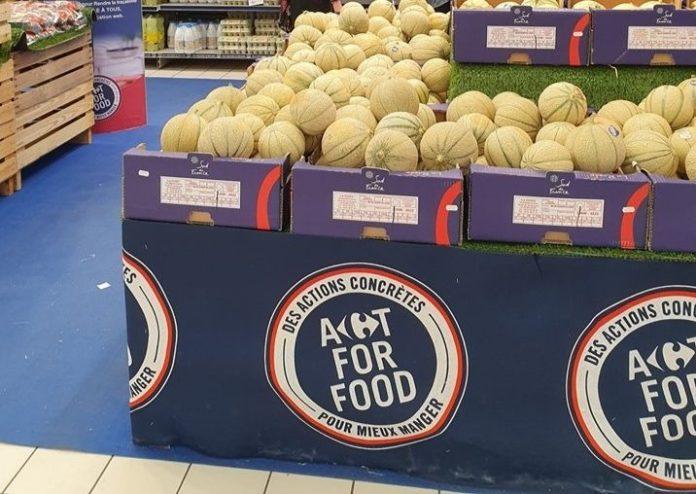 Dans l'hypermarché Carrefour d'Annecy